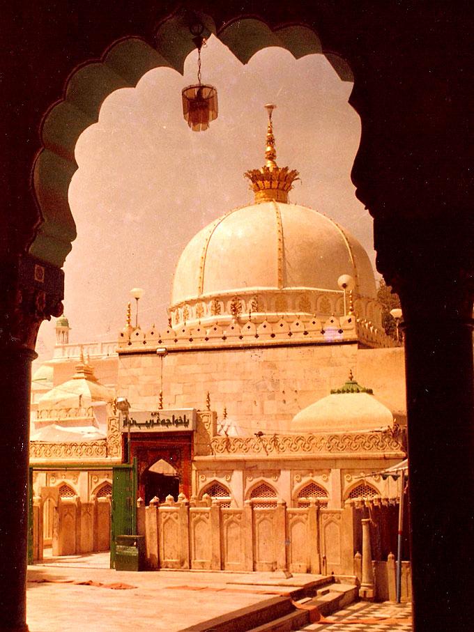 Ajmer dargah ajmer sharif ajmer shareef ajmer sharif pictures dargah of hazrat khwaja gharib nawaz ra at ajmer sharif india altavistaventures Choice Image