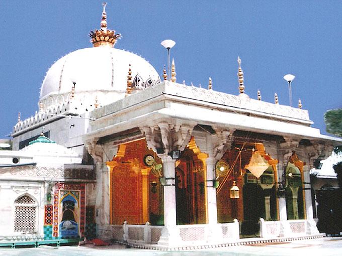 ajmer dargah sharif 024 - Sawaneh Hazrat Khwaja Ghareeb Nawaz Rehmat Allah Taala Alaihi