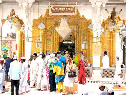 Begumi Dalan Dargah Ajmer